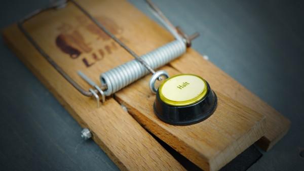 Button Trap @ Büro für Brauchbarkeit, Cologne (GER) | Photo: Volker Morawe